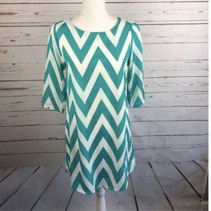 Everly Teal Chevron 3/4 sleeve shift Dress Small